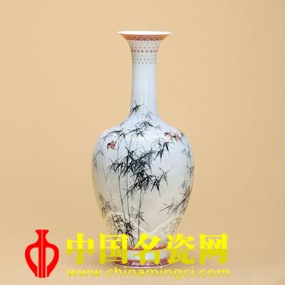 邹达怀 火狐体育手机官网天竹梅麻雀瓷瓶