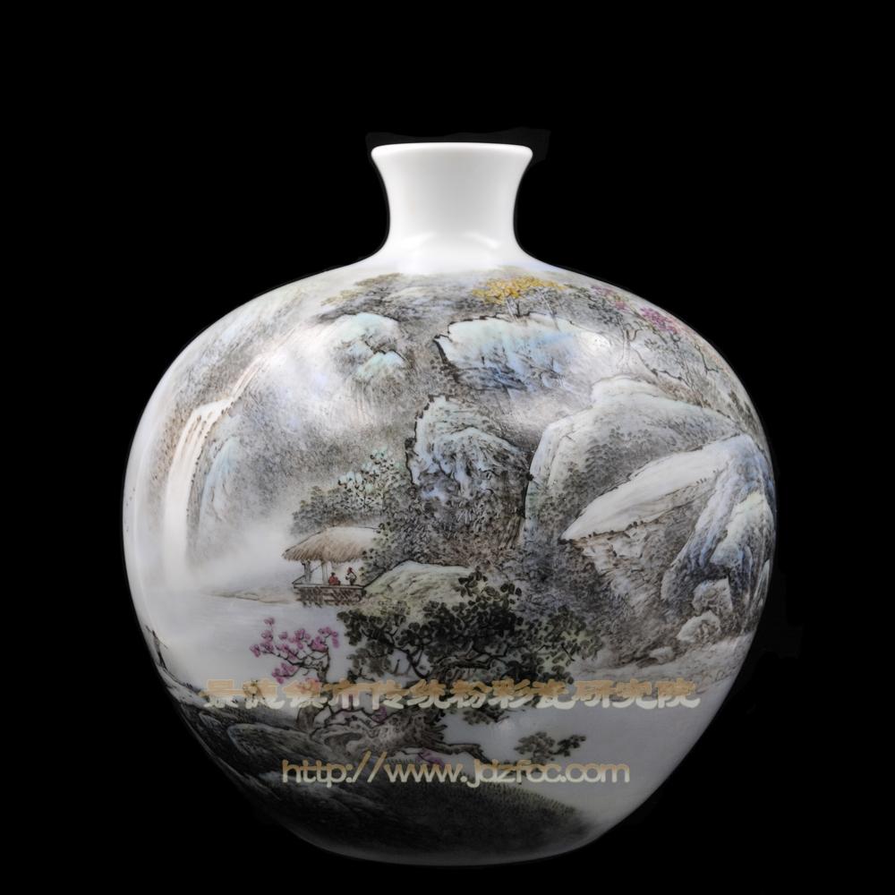 《水从天汉落》瓷瓶